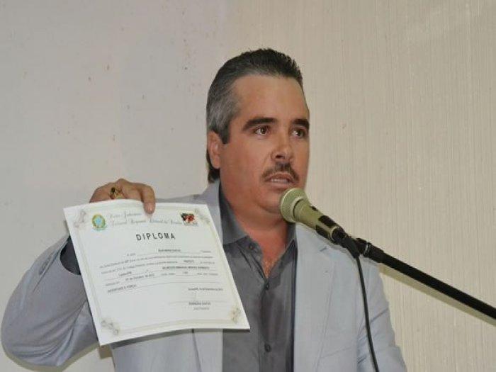 pref. Lastro - MARIA DA PENHA NELE: Prefeito da PB é preso acusado de porte ilegal de arma e violência doméstica