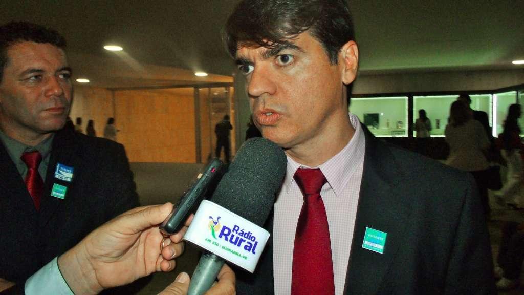 prefeito alagoa nova - MOTIVO OBSCURO: Porque o prefeito de Alagoa Nova renunciou ao cargo ?