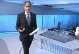 VEJA VÍDEO: William Bonner posta vídeo imitando Silvio Santos para divulgar livro