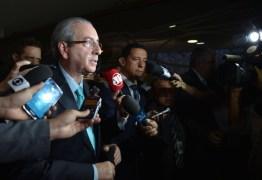 Cunha prevê que destino de Dilma será definido até as 21 horas de domingo