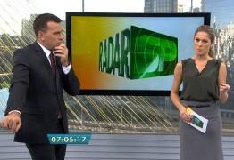 AO VIVO: demora para chamar repórter gera climão no Bom Dia São Paulo