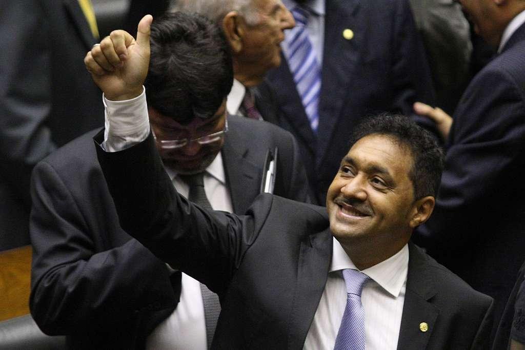 tiririca3 1024x683 - Deputado Tiririca nega encontro com Lula antes da votação