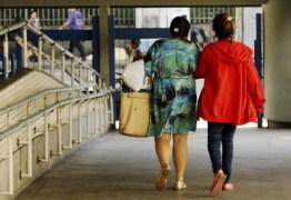 """""""Eu me sinto um lixo hoje"""", diz adolescente vítima de estupro coletivo no Rio"""
