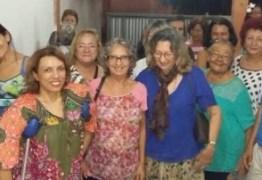 APOIOS: Cida Ramos se reúne com professores apoiadores da UFPB