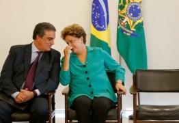 """Dilma convoca Cardozo para reunião de emergência: """"há ainda uma dura luta pela frente"""""""