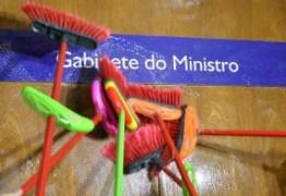 Após denúncias contra ministro, Transparência Internacional rompe relações com o Brasil