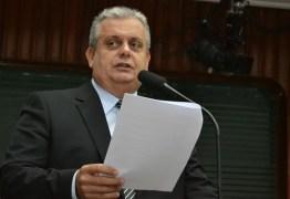 'Se só tiver espaço para situação ou oposição, eu sou oposição', diz João Bosco Carneiro