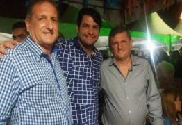 Odon Bezerra se reconcilia com Hervásio e anuncia apoio ao sobrinho para vereador