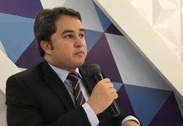 Efraim Filho foi elogiado por economistas em seminário sobre carga tributária