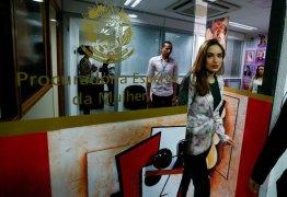 Jovem que acusa Feliciano é indiciada por suposta extorsão de assessor