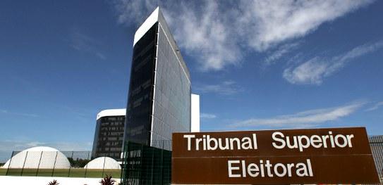 c711b107 957e 44ad a028 85c6d013a8a0 - O VICE RENUNCIA E A CHAPA TODA CAI: TSE identifica novo 'golpe' para derrubar candidatos a prefeito