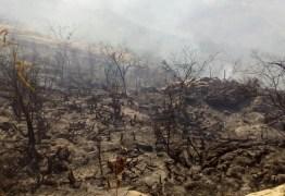PICO DO JABRE: Incêndio já dura três dias e segue sem previsão de acabar