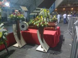 0001 1 300x225 - Fãs e artistas fazem homenagem ao zabumbeiro Parafuso que deve ser sepultado em CG