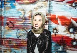 Quem é a primeira muçulmana a posar para a Playboy usando véu