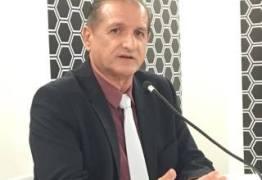 Hervázio condena notas públicas do 'caso Célio Alves' e crítica postura de secretárias e deputadas