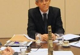 ENCONTRO DE GOVERNADORES: Ricardo Coutinho participa de reunião que pode firmar acordo do PT com o PSB