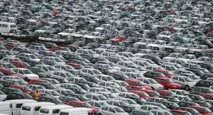 carros 300x162 - EVOLUÇÃO: produção de veículos cresce 29,9% em fevereiro