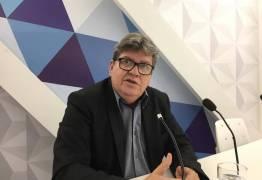 'Vamos partir para cima' fala João Azevedo sobre empréstimo do Tesouro Nacional