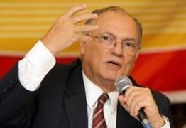Na posse de Freire, Temer diz que novo ministro vai 'salvar o Brasil'