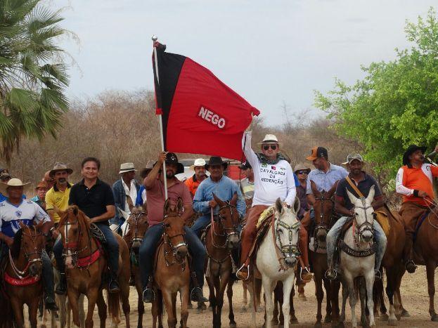 1482254261702 vaqueiros - Cavaleiros pedem agilidade nas obras do São Francisco e recebem apoio de Jeová Campos