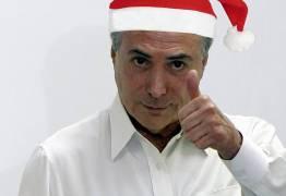 BOM VELHINHO: Temer distribui presentes de Natal a crianças