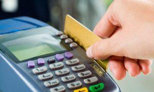 Cartao de Credito 1 800x480 300x180 - Taxas do cartão de crédito diminuem, mas seguem acima de 300%