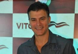 Leonardo Vieira conta como revelou para os pais que é gay