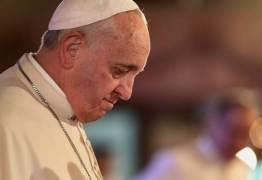 Papa Francisco pede perdão às vítimas de abusos por padres