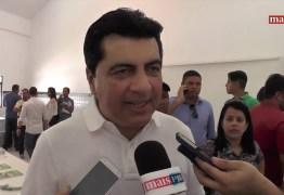 Manoel Jr. assume Prefeitura de João e pede a Maranhão ajuda na liberação de R$140 mi