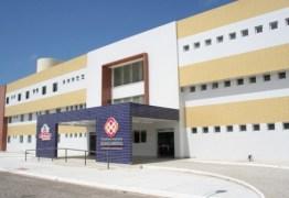 Luciano Cartaxo entrega reforma do bloco cirúrgico do Ortotrauma de Mangabeira