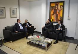 Presidente do TJPB recebe visita do prefeito da Capital