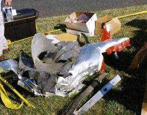 0011 300x235 - FBI revela novas fotografias do 11 de Setembro