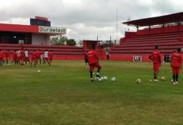 Campinense encara o Santa Cruz hoje pela Copa do Nordeste