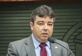 Artur Filho reassume mandato na ALPB depois de 121 de licença