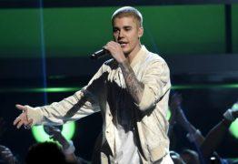 VEJA VÍDEO: Bieber se recusa a cantar 'Despacito' em show e leva garrafada