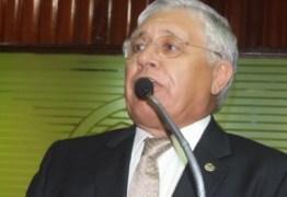 Ex-deputado Assis Quintans é diagnosticado com Covid-19 e é internado em Campina Grande