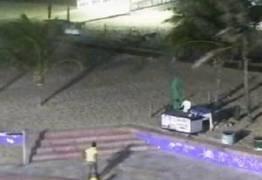 Homem é preso após ser flagrado por câmeras, em tentativa de estupro à moradora de rua
