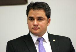 Líder Efraim Filho posiciona-se contra permissão para ocultação de doações eleitorais