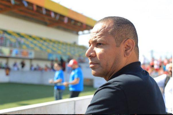 neymarpai - Pai de Neymar garante resolução na situação do jogador com o PSG, 'Estará de volta aos campos em breve'
