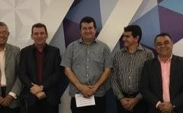 Prefeitos reclamam de situação financeira e lamentam redução do FPM