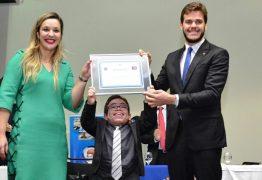 Patrick recebe título de Cidadão Paraibano