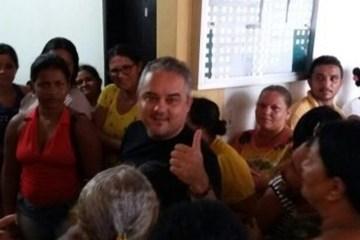 Renato Mendes 2 1200x480 - Renato Mendes se emociona ao 'passar o bastão' para Branco Mendes disputar prefeitura de Alhandra