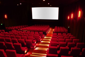 RETOMADA: João Pessoa tem volta total do comércio e reabertura de cinemas nesta terça-feira (27)