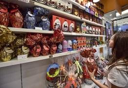 Cautelosos, 39% dos consumidores dizem que vão gastar menos na Páscoa