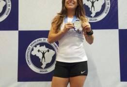 Paraibana Mayara Rocha ganha Medalha de Prata e sagra-se vice-campeã no Brasileiro de Levantamento de Pesos