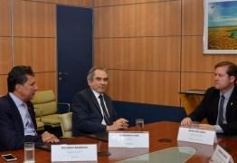 Lira vai ao Ministério do Turismo em busca de recursos para a Paraíba