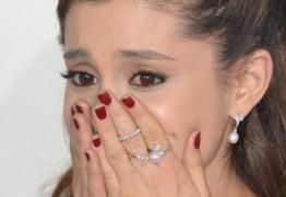 SHOW BENEFICENTE: Ariana Grande emociona público com versão de 'Somewhere Over the Rainbow'