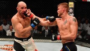 gustafsson nao deu chances para glover teixeira no ufc suecia 1496003215384 v2 900x506 300x169 - UFC: brasileiro é nocauteado e dá adeus ao sonho de cinturão