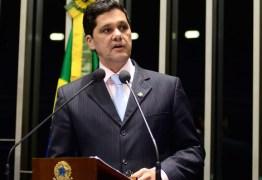 SECUNDÁRIA: Relator suspende parecer da Reforma Trabalhista devido à crise institucional
