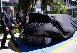 Governo recebe primeiro carro elétrico para uso como veículo oficial